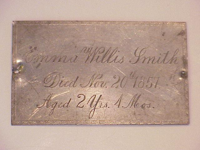 The Free Genealogy Death Record on the Coffin Plate of Emma Willis Smith