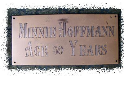 The Free Genealogy Death Record on the Coffin Plate of Minnie Hoffmann age 59