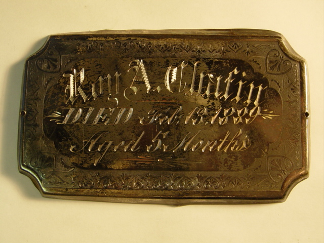 The Free Genealogy Death Record on the Coffin Plate of Roy A Chafin 1888 ~ 1889